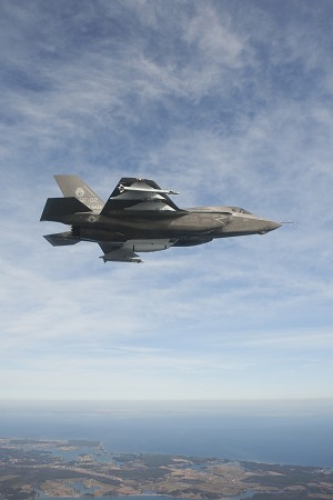F-35 Test Team Completes 1st External Stores Testing on F-35B