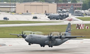 Super Hercules Takes Flight to Texas