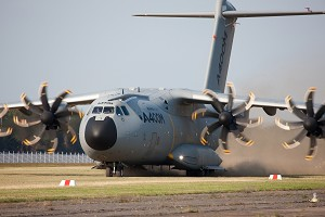 Airbus Military A400M begins rough field tests
