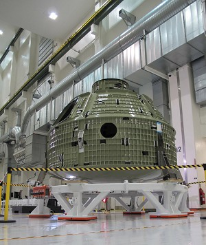 LM Delivers Orion Spacecraft To NASA Kennedy Space Center