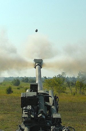 Fort Drum, Fort Hood Soldiers fire new M777A2 howitzer