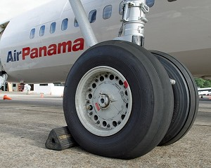 Fokker Services performs Fokker 50 Landing Gear overhauls for Air Panama