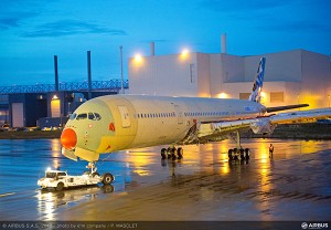 1st Flyable A350 XWB 'MSN-001' Structurally Complete