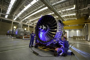 Rolls-Royce opens new GBP50M London Heathrow Service Centre