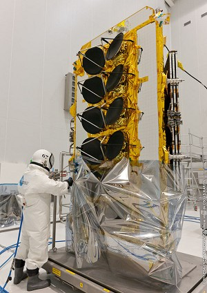 O3b Networks' initial satellite is fueled for Arianespace's upcoming Soyuz launch from the Spaceport
