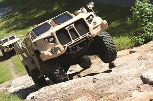Oshkosh Demos JLTV Prototypes for US DoD and Congressional Leadership