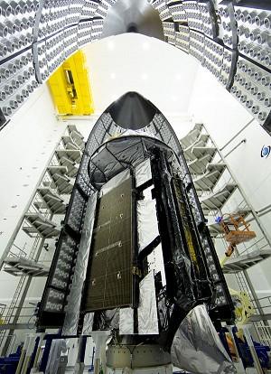 LM-Built MUOS Satellite Encapsulated In Launch Vehicle Payload Fairing