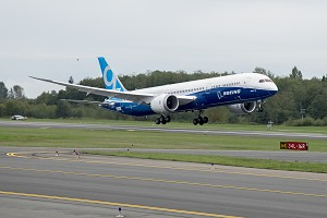 Boeing Celebrates Global Supplier Partners as 787-9 Dreamliner Completes First Flight
