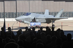 Hill welcomes F-35 workload
