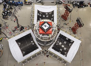 LM Team Tests Orion's Protective Panels