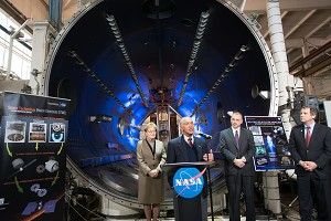 NASA Administrator Surveys Agency's Work in Advanced Propulsion Technologies
