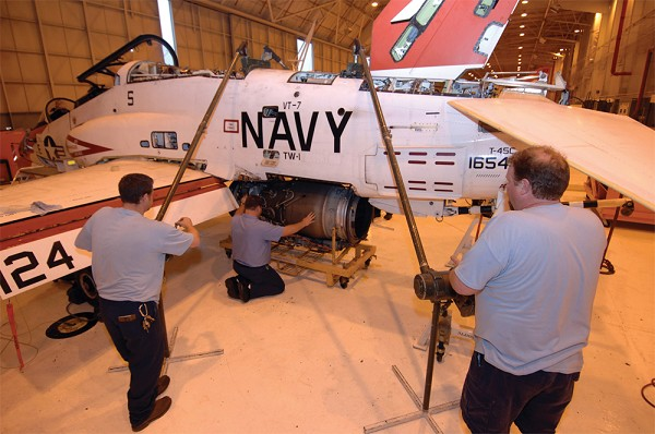 Rolls-Royce awarded $100 M to service US Navy T-45 trainer a
