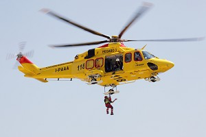 Australian Helicopters Signs For 6 AW139 Helicopters For EMS Missions by Air Ambulance Victoria