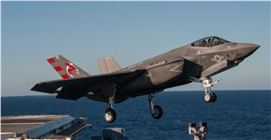 F-35C Lightning II Completes 1st Carrier Launch