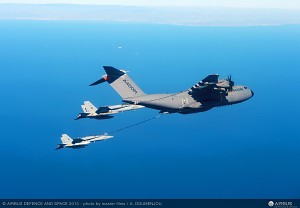 Airbus A400M Refuels 2 F-18 Fighters Simultaneously