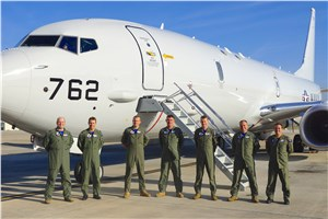 1st Australian Pilot for RAAF's New Poseidon Aircraft Takes Flight