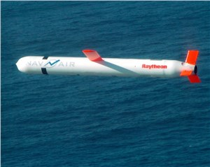 US Navy, Raytheon Demo Network-Enabled Tomahawk Cruise Missiles in Flight