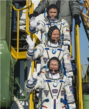 An American, Russian and Briton Join International Space Station Crew