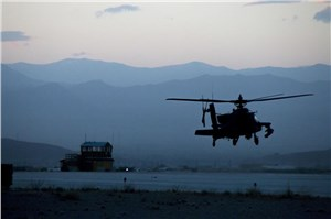 US Apache Helicopters Join Counter-ISIL Fight, Carter Says
