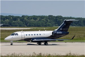 Embraer Delivers First Legacy 450 to Canada's Airsprint
