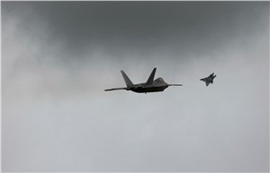 F-22 Raptors and F/A-18A/B Hornets commence combined training