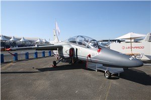 New M-345 Trainer Aircraft Makes its Debut at Le Bourget