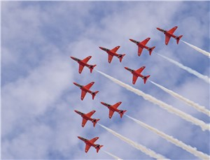 World Renowned RAF Red Arrows to Tour Middle East