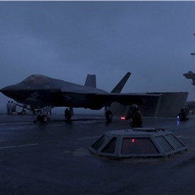 Lincoln Completes 1st F-35 Carrier Qualification
