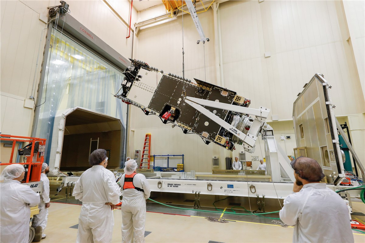 Lockheed Martin Completes Assembly on Arabsat's Newest Commu