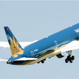 ALC Announces Delivery of 1st of 8 Boeing 787-10 Aircraft to Vietnam Airlines