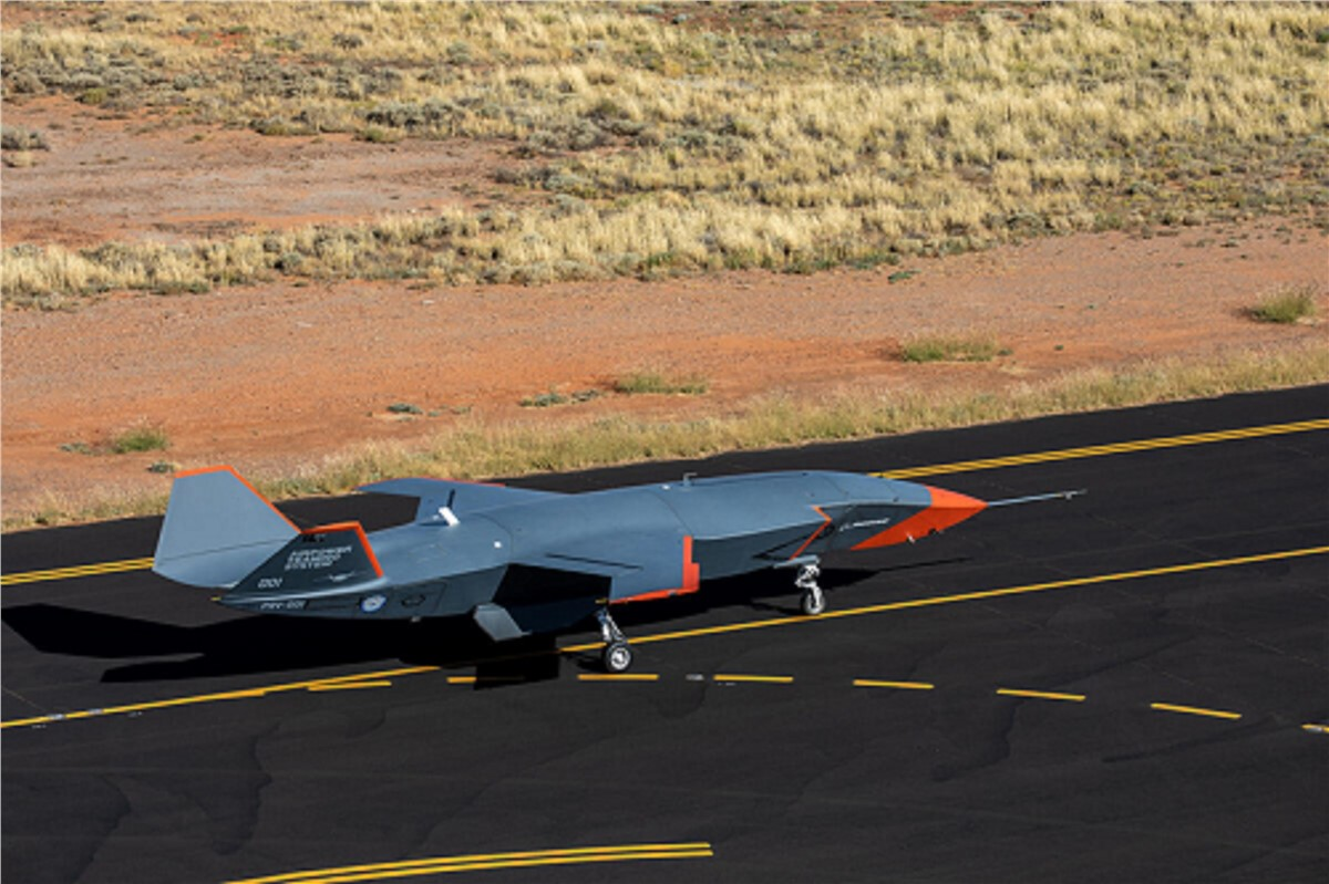 Boeing Uncrewed Loyal Wingman Conducts 1st High-Speed Taxi T